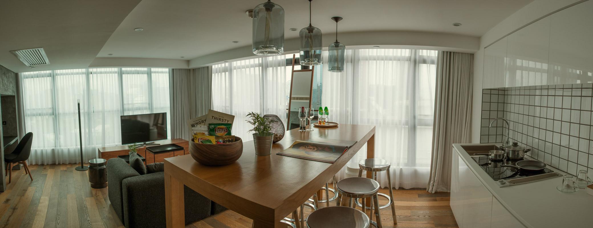 G_penthouse_pano_kitchen